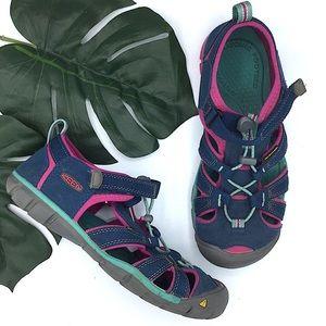 KEEN | Waterproof Sandals 5 Hiking Pink Blue